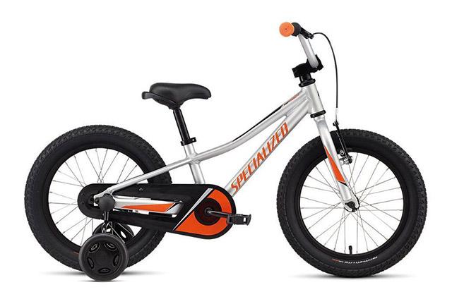 Otroško kolo s pomožnimi kolesi